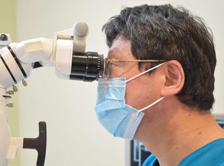 ① 口腔内の精密な検査